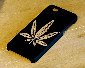 Marijuana Leaf Engraved On Black Color Dipped Wooden Case, iPhone 4/4S, iPhone 5/5S, Samsung Galaxy 3, Samsung Galaxy 3
