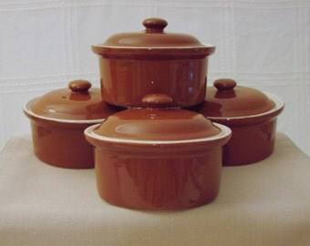 Hall Small Round Casserole Dishes