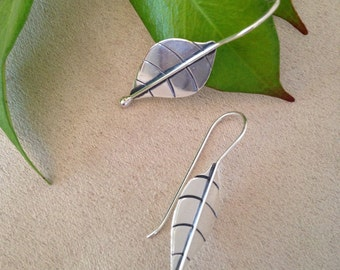 Stylish Sterling Silver Engraved Leaves