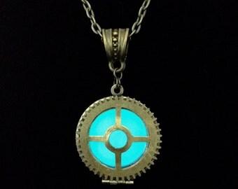 Steampunk Gear Glow-necklace