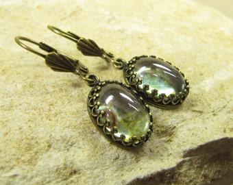 Earrings Woodland Sun, Earrings Eardrops Brass Bronze Glass Cabochon Green, Vintage Style