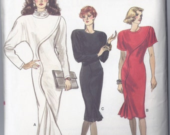 Vogue 7039  Misses Dress Close Fitting Straight Dress from 1987  Rated Easy