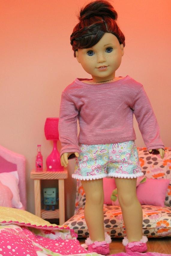 Colorful Floral Design Pom Pom Trim Shorts