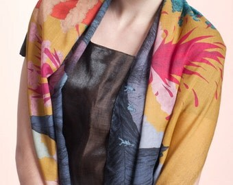 25 % OFF Wool & Silk's scarf, with spectacular landscape of Volcanoes and Smokes, Hand-drawn