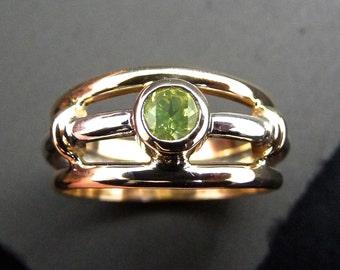 Yellow green stone ring, green stone Silver ring, lemon green gemstone silver ring, Silver gold ring, Chrysoberyl, neon green gemstone ring