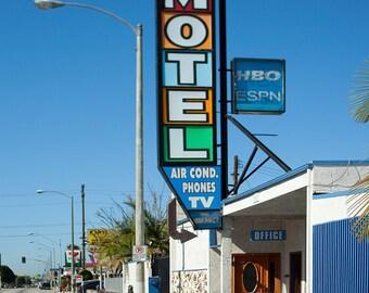 Geneva Motel - Los Angeles, CA