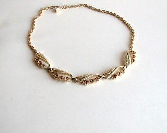SALE  topaz rhinestone choker necklace . vintage choker yellow topaz glass . costume jewelry . gold tone choker . wedding bridal jewelry
