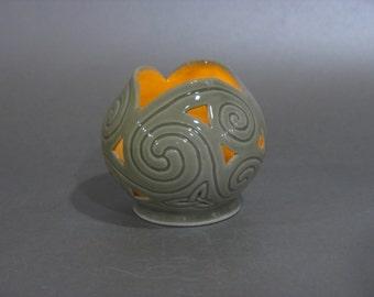 Celadon Celtic Spirals Candle Globe
