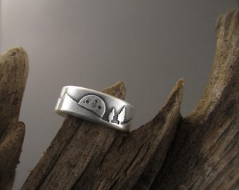 Rising Moon Mountain Pines Sterling Silver Wedding Ring