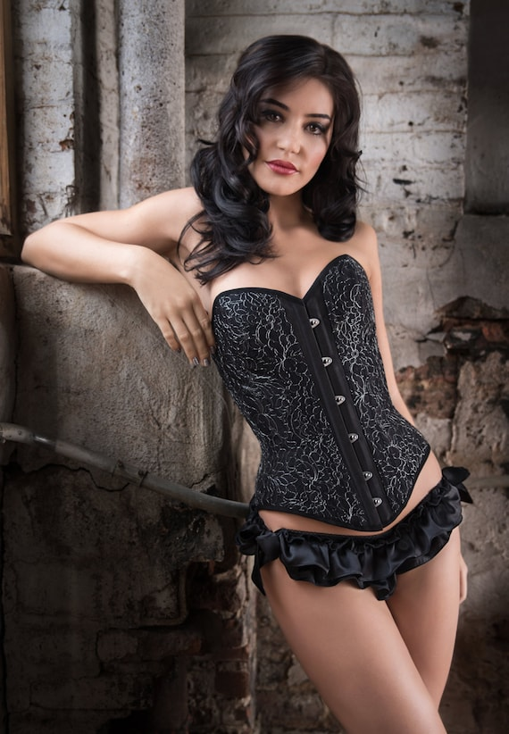 Lavinia overbust corset elegant black steel-boned corsetry