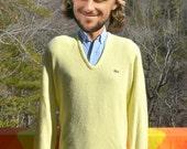 70s vintage golf sweater v-neck LACOSTE izod alligator jumper yellow Medium grandpa soft 80s