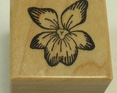 PSX A-091 Small Flower Wood Mounted Rubber Stamp By Personal Stamp Exchange