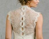 Francine | Wedding Bolero with keyhole button back