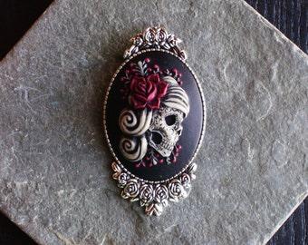 Sugar skull cameo brooch, gothic brooch, day of the dead brooch, skeleton brooch, antique silver brooch, skull brooch, unique gift ideas