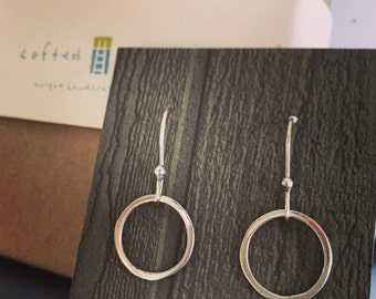 READY TO SHIP: Wanderlust Earrings. Simple Sterling Silver Circles. Handmade Modern Dangle Earrings Inspired by the Film. Bridesmaid Gifts.
