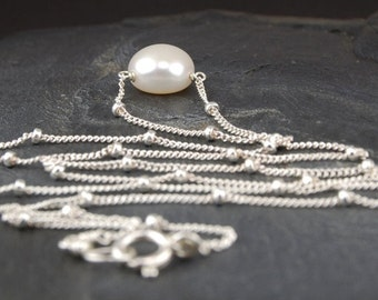 Single pearl necklace in sterling silver, delicate pearl drop necklace, June birthstone, everyday necklace - Lilia