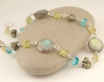 Labradorite bracelet, gemstone bracelet with labradorite, pyrite, apatite, yellow aquamarine, wire wrapped jewelry handmade, sterling silver