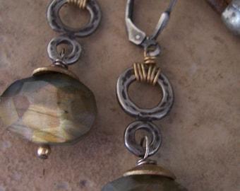 Labradorite Drop Earrings - Mixed metal earrings - Labradorite Earrings - Organic Industrial Jewelry