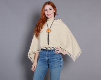 70s Neutral PONCHO CAPE / 1970s Ivory Wool with Crochet Trim osfm