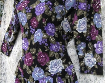 small Day of Dead, Garden Witch PURPLE ROSES COTTON blend Floral dress, Casual to Cocktail Party dress, vintage 1980s 80s roses dress
