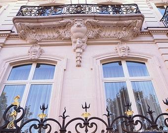 Paris Photography, Balcony Window In Paris, Paris Baroque Windows Balcony Art, Paris Architecture, Paris Art Nouveau, Paris Pink Apartment