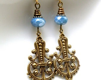 Brass filigree earrings,  Czech glass filigree earrings, brass and Czech glass earringss, Blue czech glass earrings