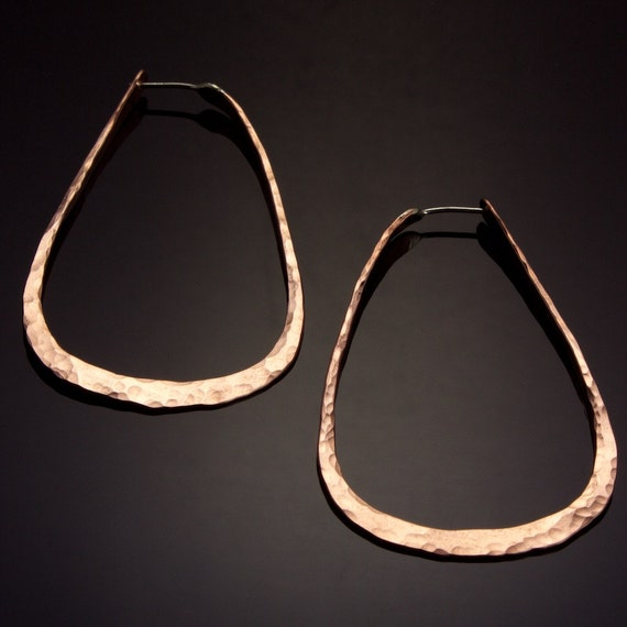 Extra Large Copper Oval Hoops  // Hammered Copper Oval Hoop Earrings
