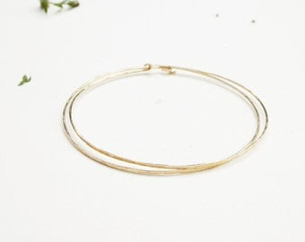Minimal Rustic Gold Bangle Set, two very thin hammered simple gold filled bangle bracelets