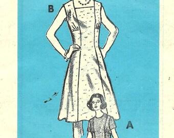 Vintage 1970s Pattern Princess Seam Dress Neckline and Sleeve Variations Mail Order 4617 Bust 37 UNCUT