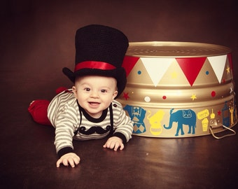 Mad Hatter Tea Party Hat - Baby Photo Prop - Mad Hatter - Ringmaster Costume - Circus Costume - Wonderland Hat - Circus Birthday