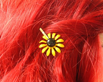 Yellow Flower Hair Pin, Black and Yellow Flower Hair Clip, Flower Bobby Pin, Upcycled Jewelry 60s Flower Jewelry, Easter Flower Hair Piece