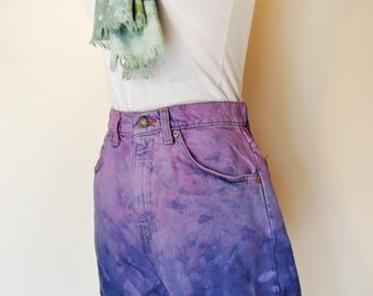 Pink Sz 9 Levi's 954 SHORTS - Ombre Dyed Pink Blue Distressed High Waist Vintage Levi Cuffed Shorts - Adult Womens Size 10 (28 Waist)