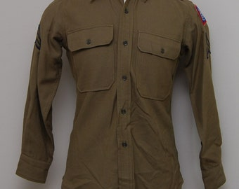 1960's Army airborne green unifom shirt/ 60s Army airborne green uniform shirt