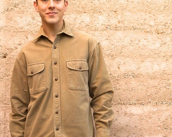 vintage men's twin PEAKS CHAMOIS tan FLANNEL long sleeve cotton solid button up shirt size small men's flannel shirt