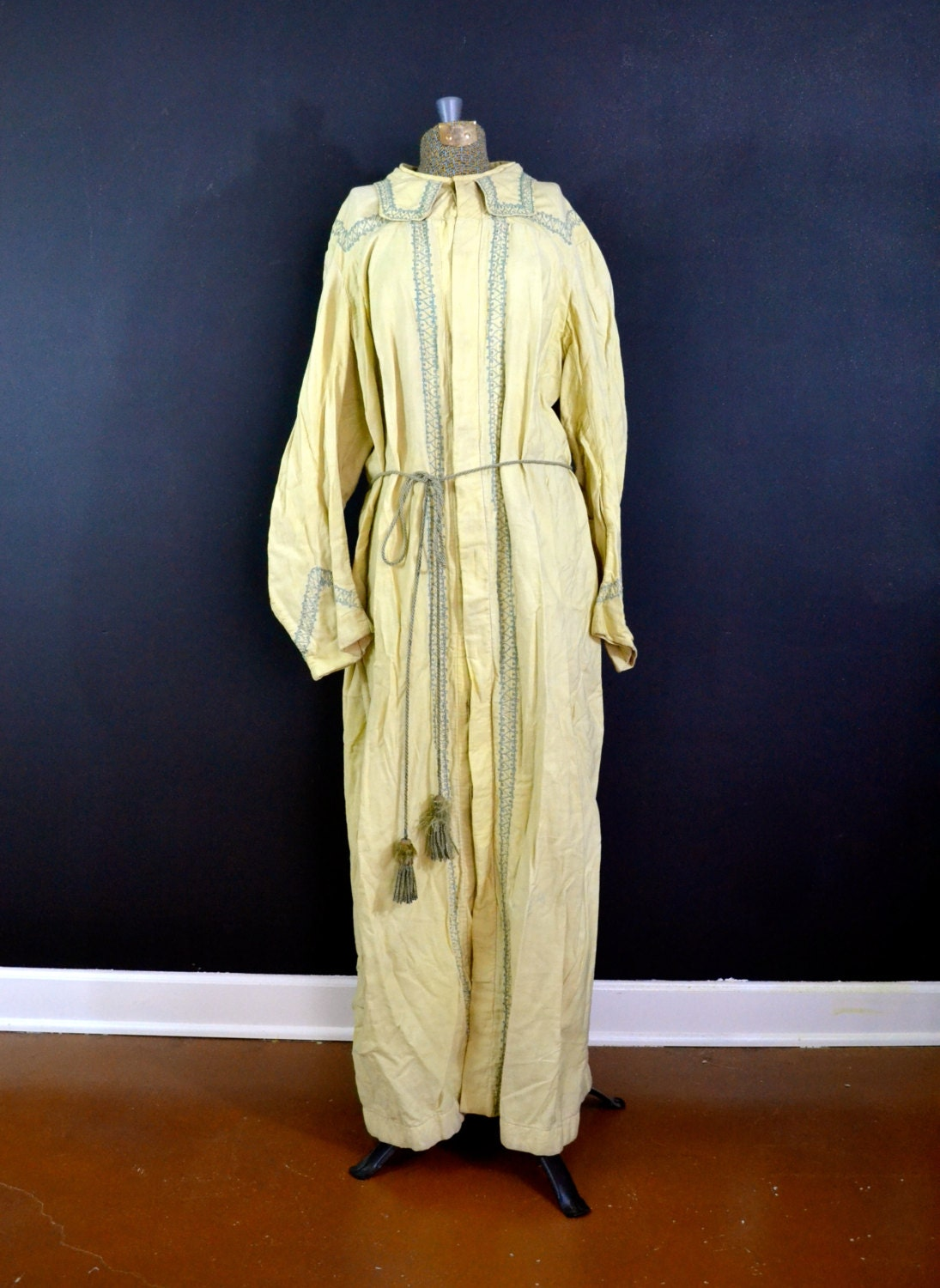 Vintage Masonic Costume Antique Cream Masonic Robe Gothic