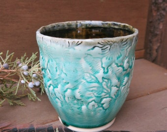 Ceramic Tumbler Cup Yunomi Chawan Tea Bowl Textured Porcelain Aqua Blue Green and Black, Handmade Artisan Pottery by Licia Lucas Pfadt