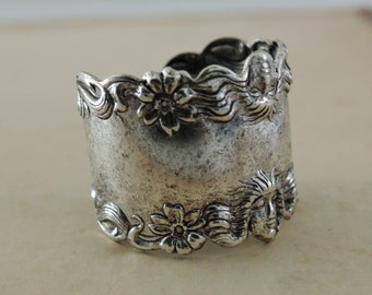 Vintage Ring - Silver Ring - Art Nouveau Jewelry - Adjustable Band Ring - Statement Jewelry - handmade jewelry