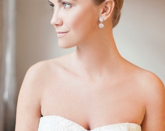 Laura | Delicate Handmade Flower Clear Crystal White Pearl Bridal Gold or Silver Hair comb - Wedding Hair Adornment, Elegant Hair comb