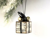 Christmas Ornament Black and Gold Sheet Music Small Christmas Present Package Decoration Jingle Bells