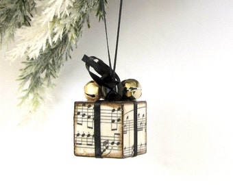 Christmas Tree Ornament Black and Gold Sheet Music Small Christmas Present Package Decoration Jingle Bells