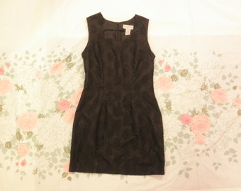 90s black lace daisy mini dress 1990s fitted bodycon goth grunge raver sexy daisy floral overlay mini dress size small medium 5 6