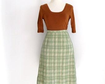 green plaid skirt - 60s vintage light seafoam boucle nubby textured a line mid century high waisted knee length warm winter small medium