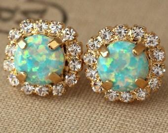 Opal Earrings, Mint Opal Earrings, Mother's Day Gift, Mint Earrings, Gift for her, Bridesmaids Gifts, Swarovski Earrings, Mint Studs