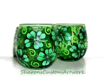 4 Leaf Clover Emerald Green Stemless Wine Glasses Hand Painted Four leaf clover, Shamrocks, St.Patrick's Day, Set of 2 - 16.75 oz. St.Padd'y