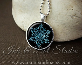 Ice Blue Snowflake Necklace, Snowflake Pendant, Holiday Necklace, Christmas Pendant, Winter Necklace