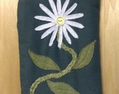 A Daisy A Day, Large Pouch