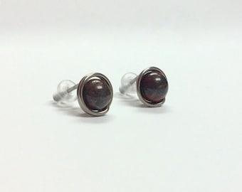 9mm handmade Niobium stud earrings - Brecciated Jasper gemstone earrings - Healing stone - Unisex studs - Free shipping to CANADA and USA