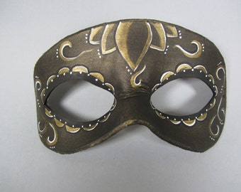 Day of the Dead Gold Accented Lotus Leather Mask, Unisex