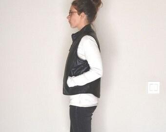 Black Leather Vest Early 90s Grunge Motorcycle Vest Vintage Gap Zipper Waistcoat Medium
