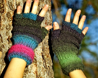 Magic 100% wool, multicolored turquoise, blue, green violet and pink fingerless gloves, mittens